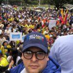 Creemos firmemente en la inocencia del 'gran colombiano', un hombre con grandes valores democráticos el cual seguiremos defendiendo ante la infamia. #EstamosConUribe